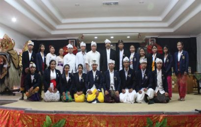 Pelantikan DPM dan BEM periode 2018-2019 oleh Rektor IHDN Denpasar