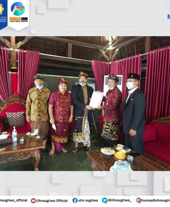 KUNJUNGAN REKTOR KE RUMAH JABATAN BUPATI BANGLI